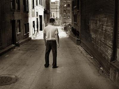 homme dans la rue