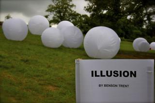La plus grande illusion et la plus grande source de souffrance : Croir que le bonheur est ailleurs ! Photo par smlp.co.uk